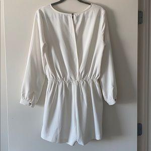 Long sleeve, white/light cream romper - XL